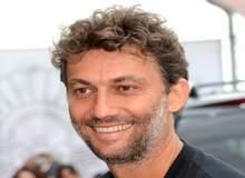 Йонас Кауфман